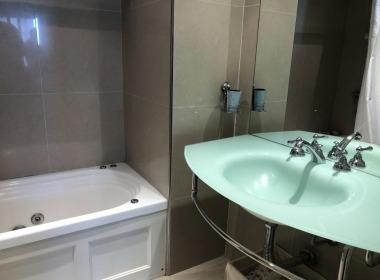 13 baño suite